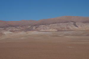 Pierres dans le désert d'Atacama (Chili). © Matthieu Gounelle